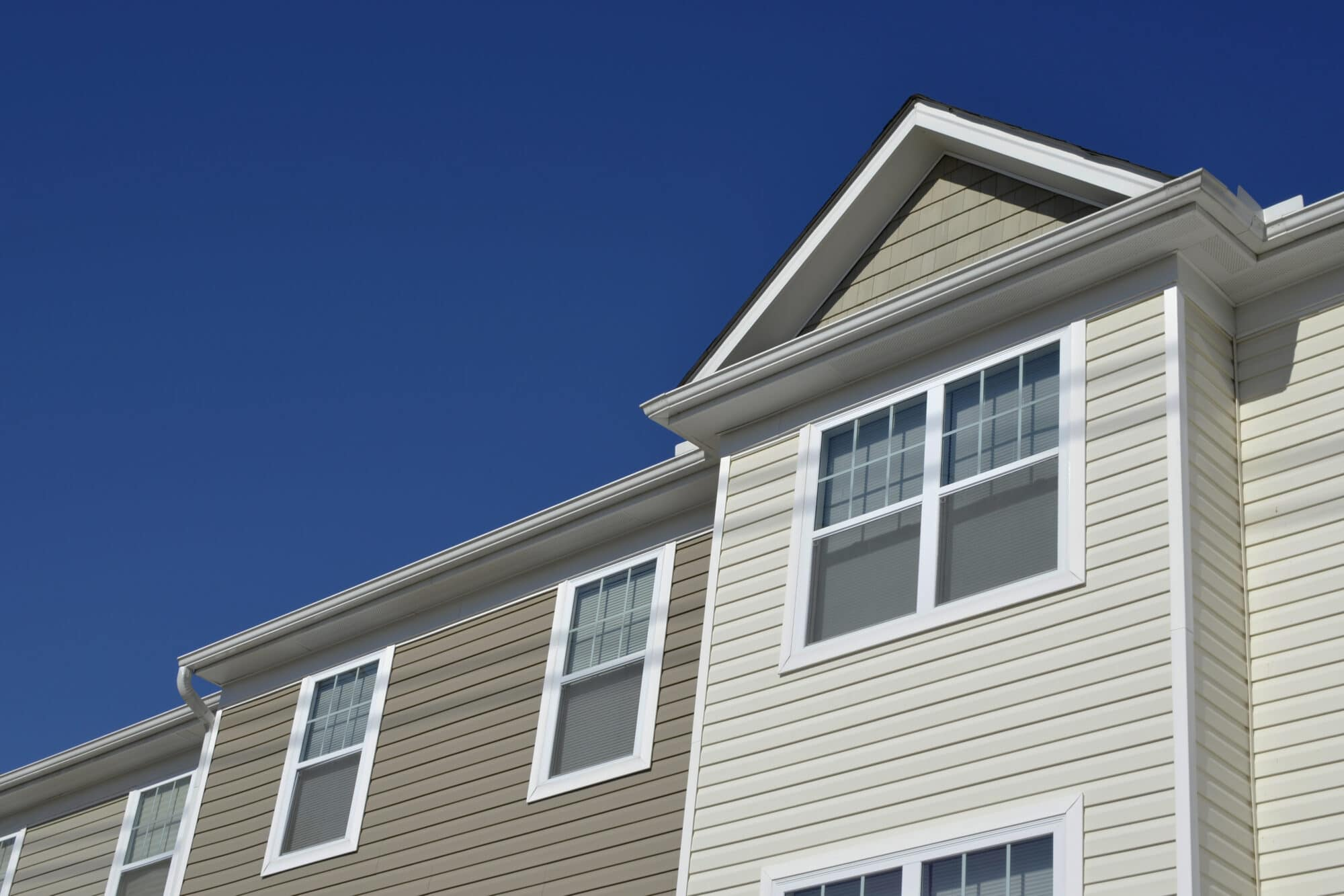 Pros And Cons Of Vinyl Siding Landmark Roofing